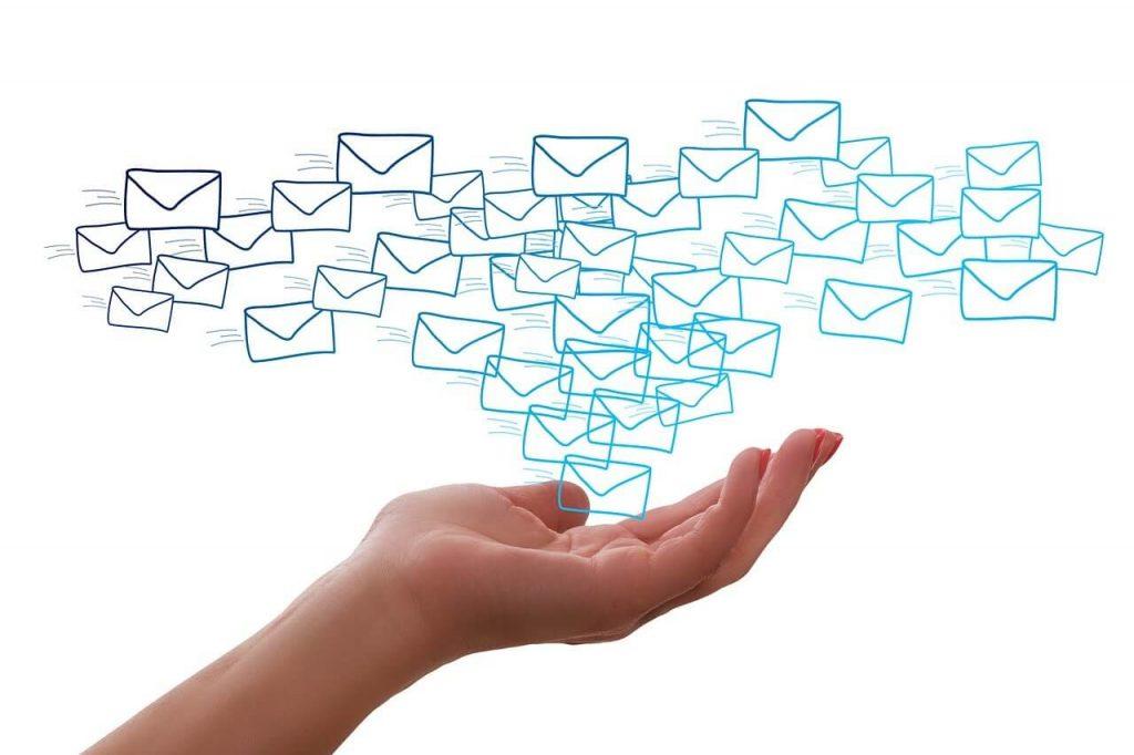 メールの使用は『キャンセル』と『返品』